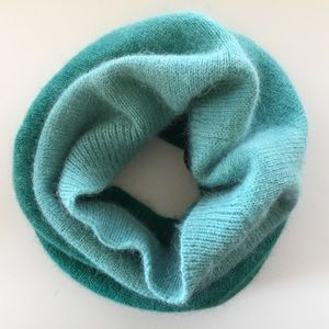 H&M Winter Infinity Scarf Ombre Teal